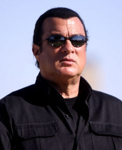 391px-steven_seagal_by_gage_skidmore